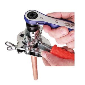 Condensing Unit 2-1/2hp R134a R404A R448A R449A R452A 230v/1ph/60hz Mbp Danfoss Maneurop Optyma 114n6408 Hczc0250uwf300n 114n3607 Hczc0250uwj300n Replaces: Vjaf025h